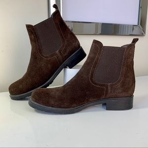 The Flexx Shetland Bootie Brown Suede Ankle Boots
